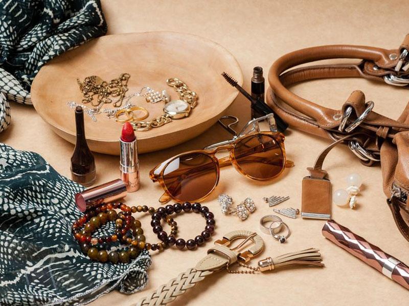 Les accessoires de mode indispensables pour une femme